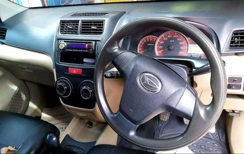 Mobil Daihatsu Xenia 2012 R terbaik di Sumatra Selatan