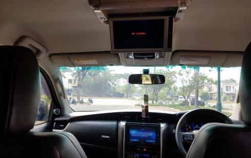 Jual cepat mobil Toyota Fortuner VRZ AT Diesel 2WD 2016 di Banten