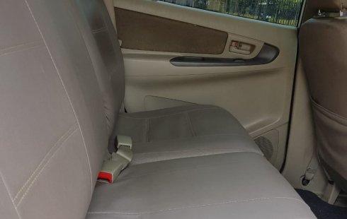 Dijual mobil bekas Toyota Kijang Innova 2.5 G AT Diesel 2014, Banten