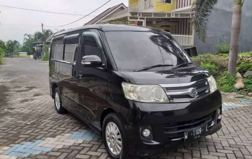 Dijual mobil bekas Daihatsu Luxio X, Jawa Timur