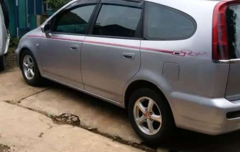 Jual cepat Honda Stream 1.7 2003 di Jawa Barat