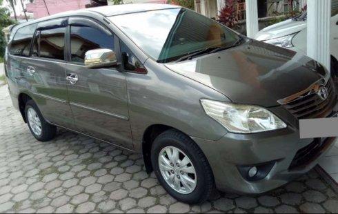 Riau, Toyota Kijang Innova G 2012 kondisi terawat