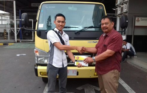 Promo Khusus Mitsubishi Fuso Truck Diesel 2010 di Jawa Barat
