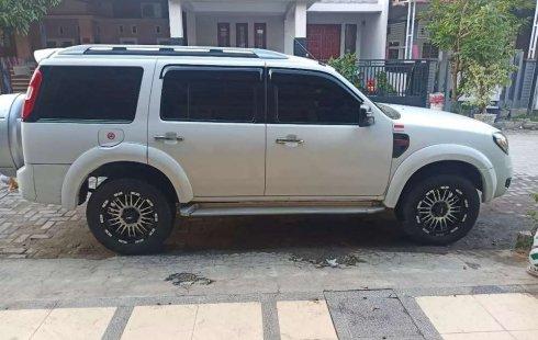 Mobil Ford Everest 2011 10-S dijual, Sumatra Utara