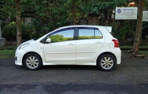 Bali, jual mobil Toyota Yaris TRD Sportivo 2013 dengan harga terjangkau
