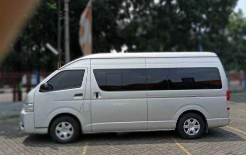 Jawa Barat, jual mobil Toyota Hiace High Grade Commuter 2017 dengan harga terjangkau
