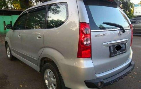 Mobil Toyota Avanza 2011 G terbaik di Jawa Tengah