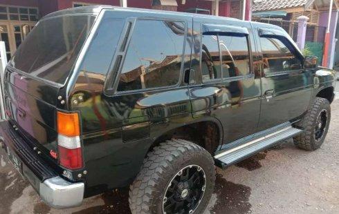 Jual Nissan Terrano SGX 1995 harga murah di Jawa Barat