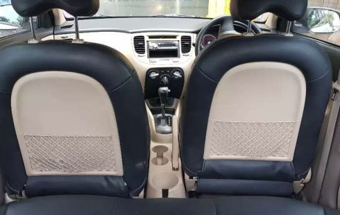 Dijual mobil bekas Kia Pride 1.4 Automatic, DIY Yogyakarta