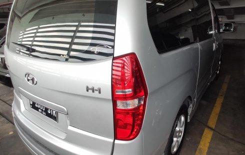 Jual Mobil Hyundai H-1 Classic 2014 kondisi bagus di DKI Jakarta
