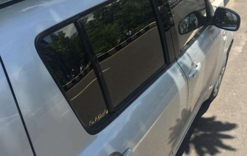 Dijual mobil bekas Suzuki Swift ST, Bali