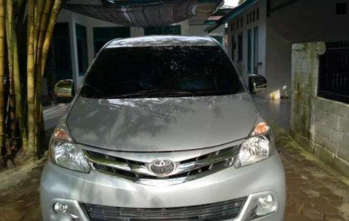 Toyota Avanza 2015 Riau dijual dengan harga termurah