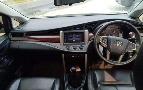 Mobil Toyota Kijang Innova 2016 2.4G dijual, Riau