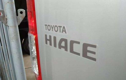 Jawa Timur, jual mobil Toyota Hiace High Grade Commuter 2017 dengan harga terjangkau