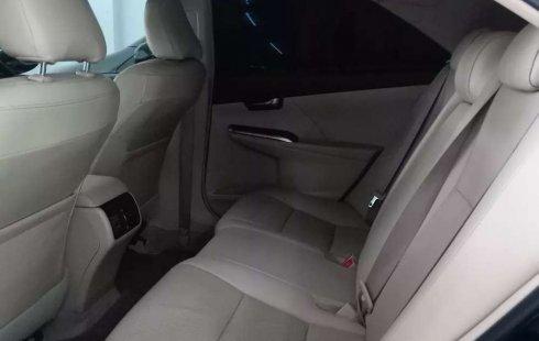 Jawa Timur, jual mobil Toyota Camry V 2014 dengan harga terjangkau