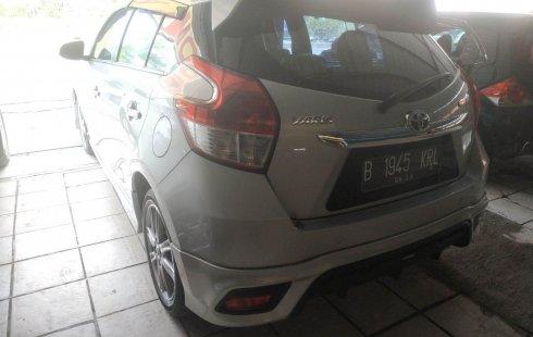 Jual mobil Toyota Yaris TRD Sportivo 2015 dengan harga terjangkau di Jawa Barat
