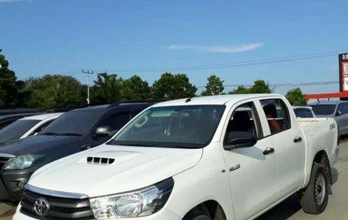 Toyota Hilux 2017 Riau dijual dengan harga termurah