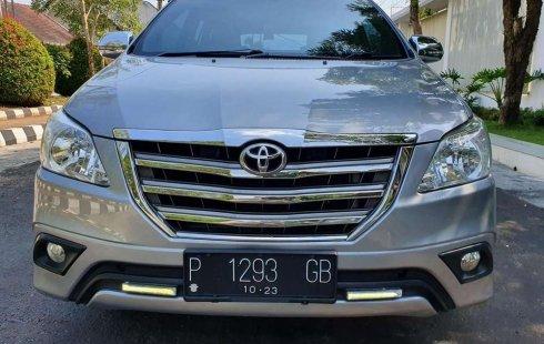 Jawa Timur, jual mobil Toyota Kijang Innova 2.5 G 2015 dengan harga terjangkau