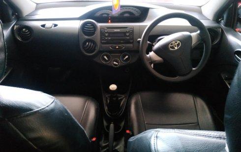 Jawa Barat, Dijual mobil Toyota Etios Valco E MT 2014 dengan harga terjangkau