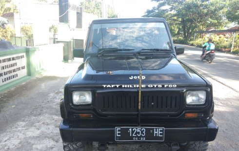 Jual mobil Daihatsu Taft GTS F69 1993 murah di Jawa Barat