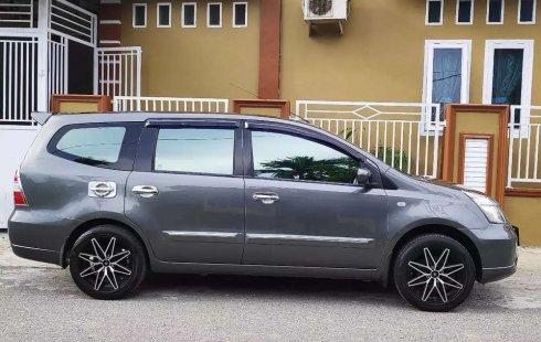 Nissan Grand Livina 2010 Aceh dijual dengan harga termurah