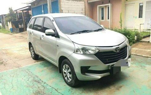 Dijual mobil bekas Toyota Avanza E, Jawa Barat