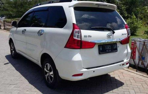 Jual mobil bekas murah Daihatsu Xenia R DLX 2017 di Jawa Timur
