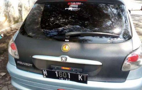 Mobil Peugeot 206 2002 XR terbaik di Jawa Timur