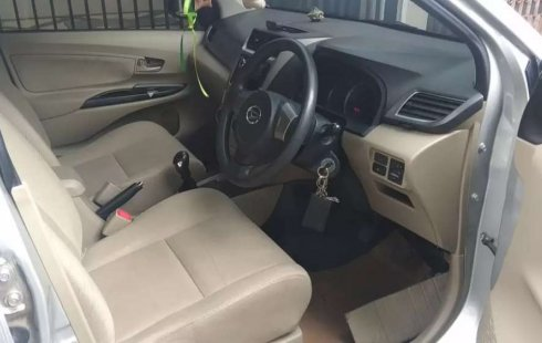 Jual Daihatsu Xenia R DLX 2013 harga murah di Banten
