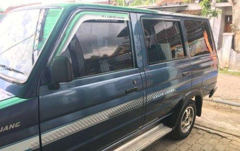 Jawa Tengah, Toyota Kijang Grand Extra 1994 kondisi terawat