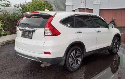 Honda CR-V 2015 Bali dijual dengan harga termurah