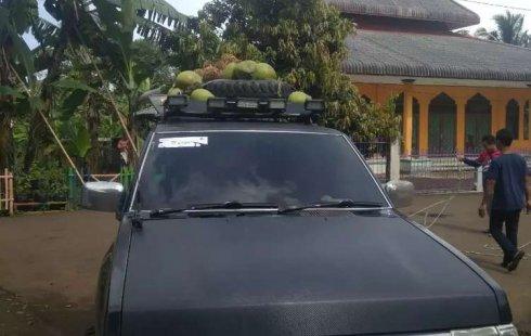 Jawa Barat, Nissan Terrano Spirit S1 2004 kondisi terawat