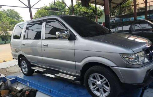 Isuzu Panther 2011 Jawa Barat dijual dengan harga termurah