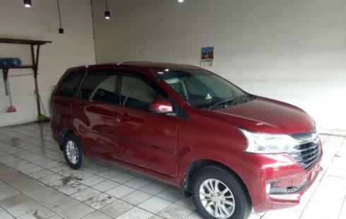 Jual Mobil Bekas Daihatsu Xenia R 2017 di Bekasi