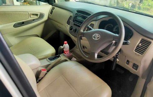 Jual Toyota Kijang Innova 2.5 G 2010 harga murah di Jawa Tengah