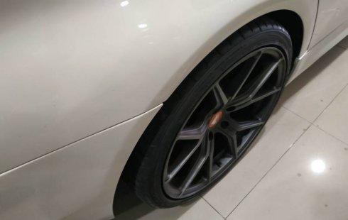 Jual mobil BMW 5 Series 520i 2012 terbaik di Jawa Tengah