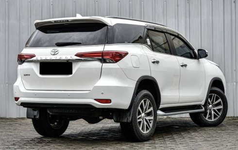 Jual cepat mobil Toyota Fortuner VRZ 2019 di DKI Jakarta