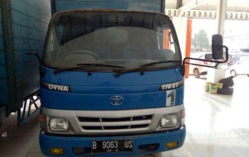 Jual mobil bekas murah Toyota Dyna 110 Truck Diesel 2008 murah di Jawa