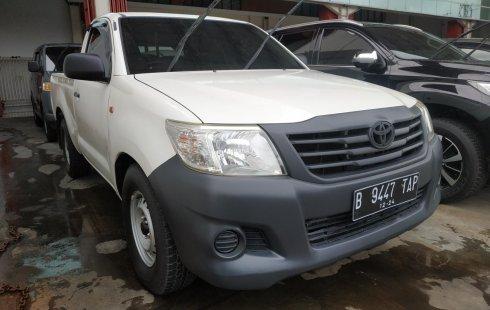 Jual mobil Toyota Hilux 2.0 MT 2014 murah di Jawa Barat