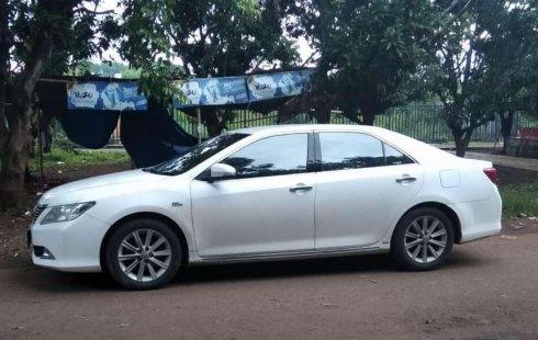 Mobil Toyota Camry 2013 V dijual, Jawa Barat