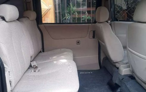Dijual mobil bekas Daihatsu Luxio M, Jawa Timur