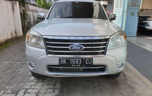 Mobil Ford Everest 2011 XLT terbaik di Sumatra Utara