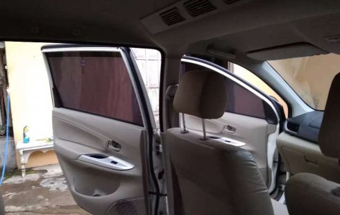 Dijual mobil bekas Daihatsu Xenia X PLUS, Jawa Timur