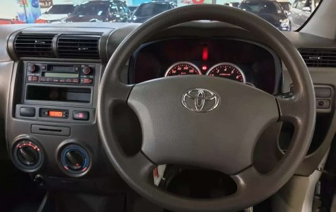 Mobil Toyota Avanza 2010 G terbaik di Jawa Timur