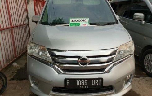 Jual Mobi; Bekas Nissan Serena Highway Star 2014 di Bekasi