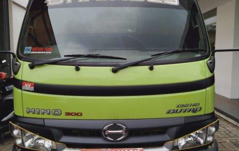Dijual Mobil Hino Dutro 2017 di Bekasi