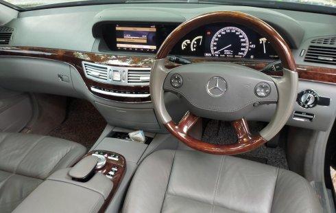 Dijual Mobil Mercedes-Benz S-Class 300 2008 di DKI Jakarta