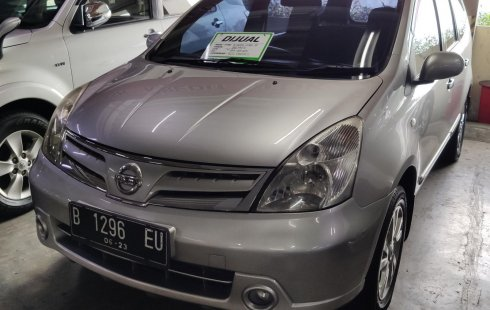 Jual Mobil Bekas Nissan Grand Livina XV 2012 di DKI Jakarta