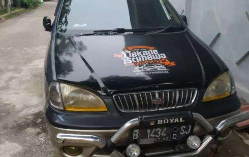 Jual mobil bekas murah Kia Carens 2000 di Banten