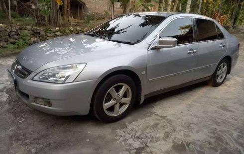Mobil Honda Accord 2005 2.4 VTi-L dijual, DIY Yogyakarta